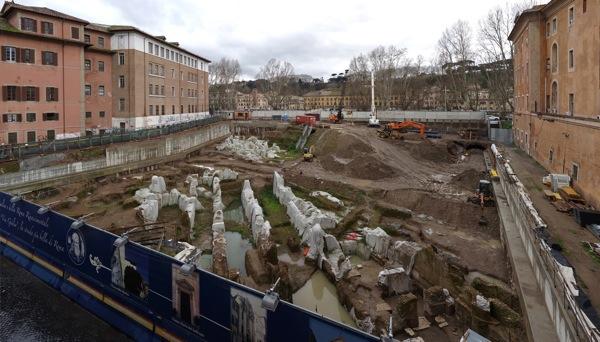 Via Giulia cantiere nel 2013