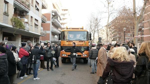 Proteste dei cittadini nel gennaio 2012