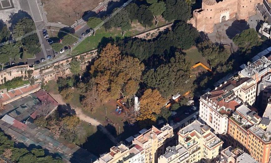 Sulla destra l'area di Via Sannio com'era prima del cantiere