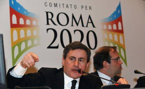 Alemanno presenta la candidatura di Roma per le Olimpiadi 2020, poi stoppata da Monti