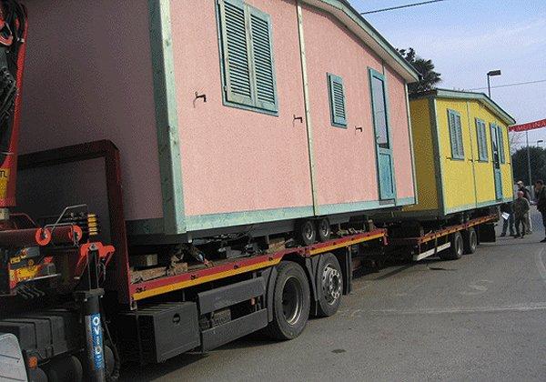 case_mobili_su_camion2