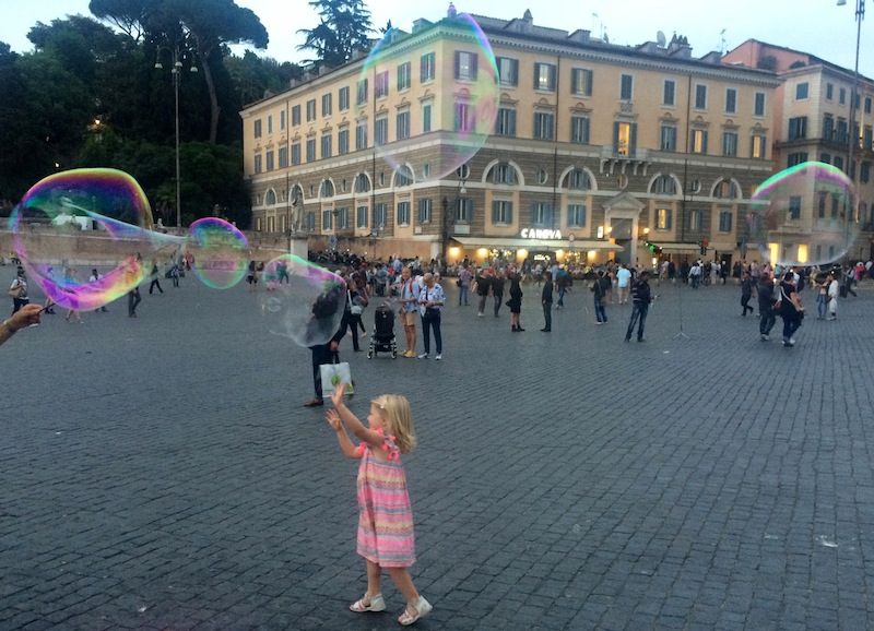 palloncini a piazza del popoloIMG_2193