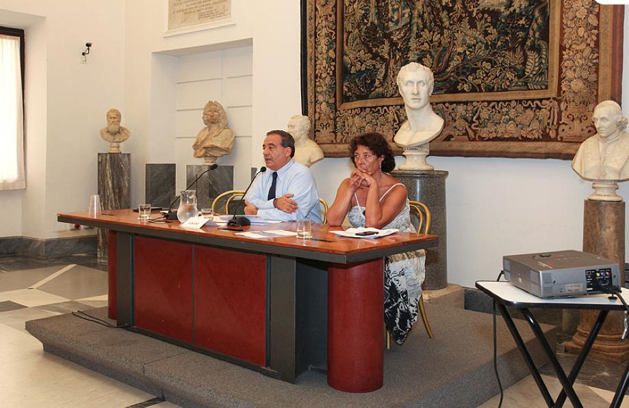 Conferenza stampa del 6 agosto 2015 (foto dal sito del Dip. Urbanistica)