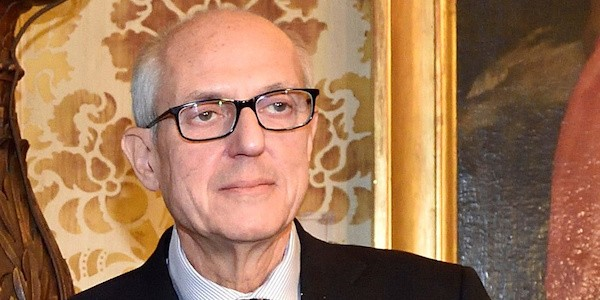 foto dal sito http://www.si24.it/2015/10/31/chi-e-francesco-paolo-tronca-nuovo-commissario-di-roma/145815/