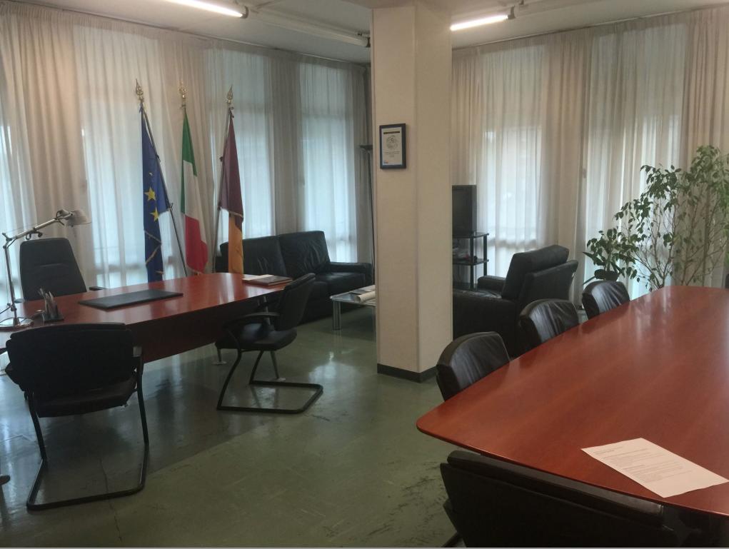 L'ufficio dell'assessore il 31 ottobre 2015 (foto di Giovanni Caudo)