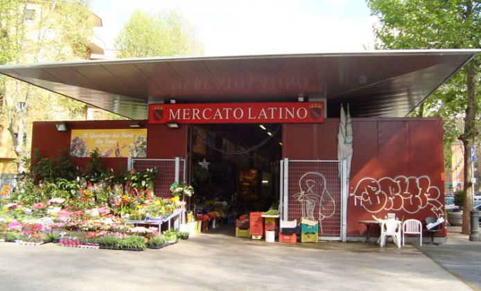 Mercato Latino (Foto Annabella D'Elia)
