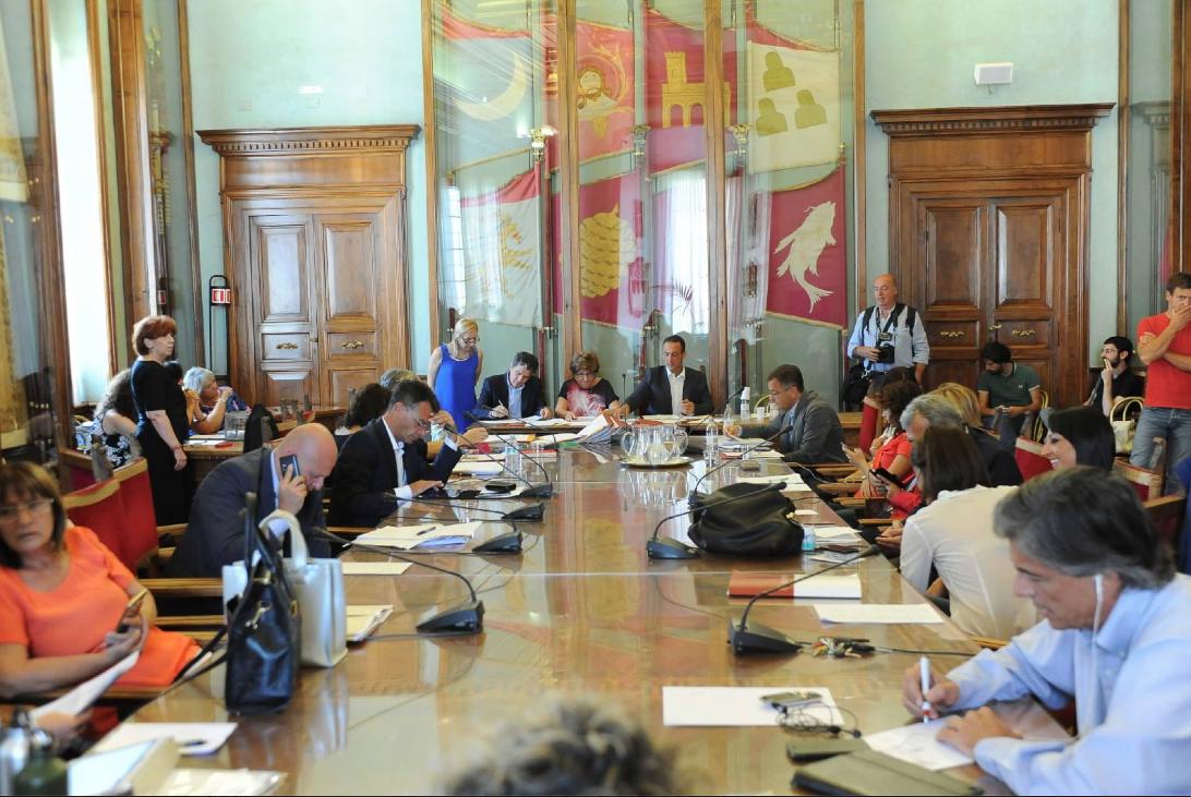 Foto dal profilo Fb del Presidente dell'Assemblea Capitolina Marcello De Vito