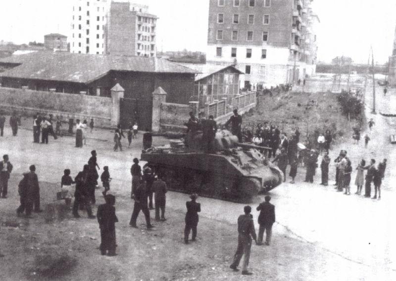 Gli alleati in piazza S. M. Consolatrice