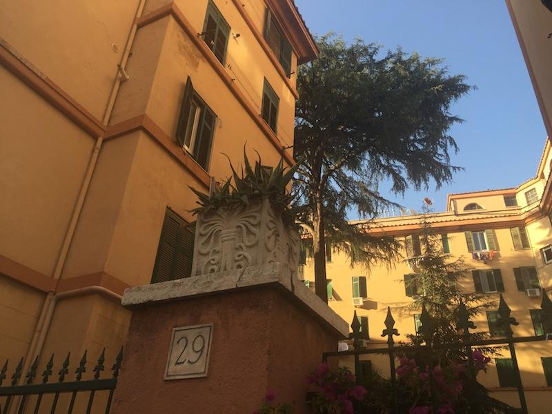casalbertone palazzo storico IMG_5596