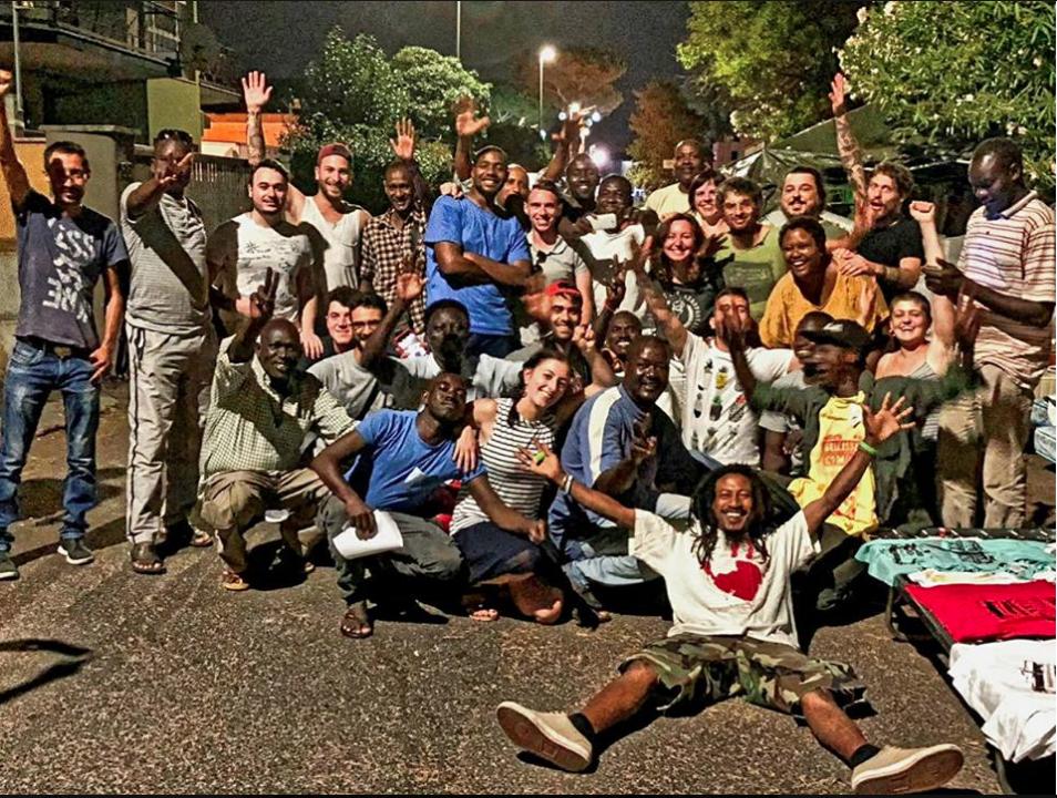 VIA SCORTICABOVE FOTO GRUPPO DA PAGINA FB rifugiati sudanesi via scorticabove