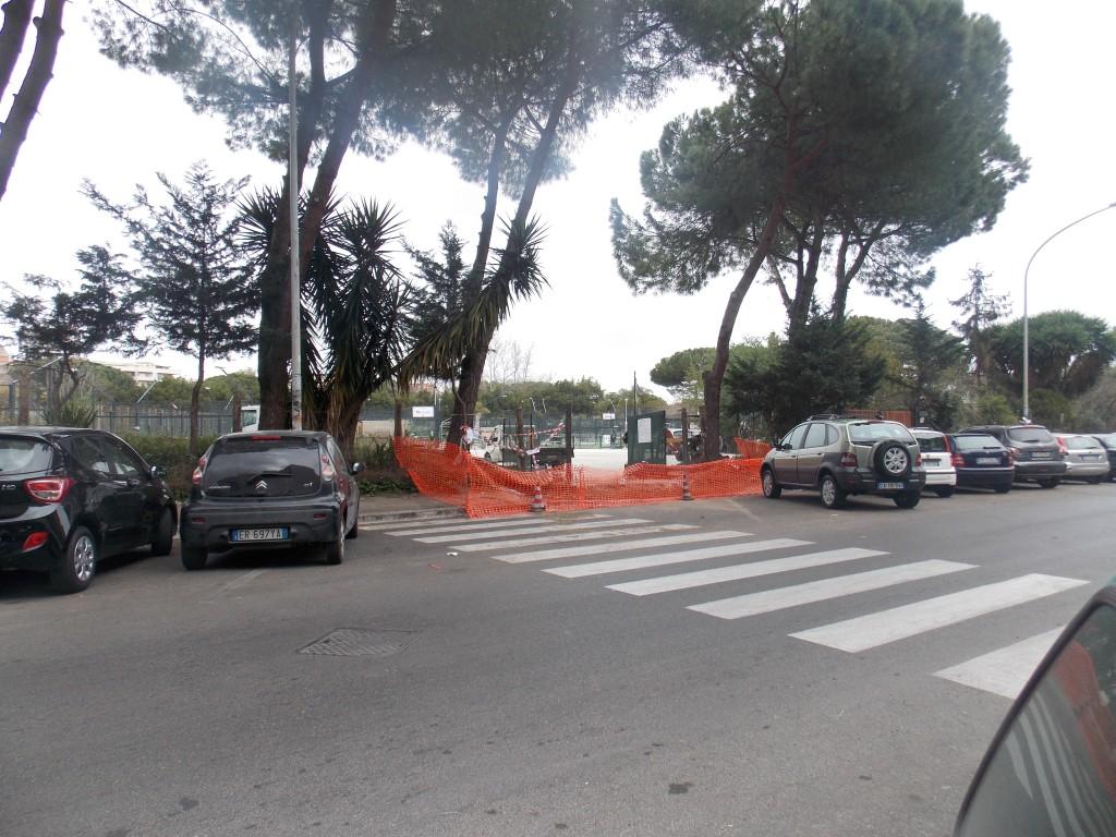 1.  Il Nuovo accesso al parcheggio in corso di realizzazione