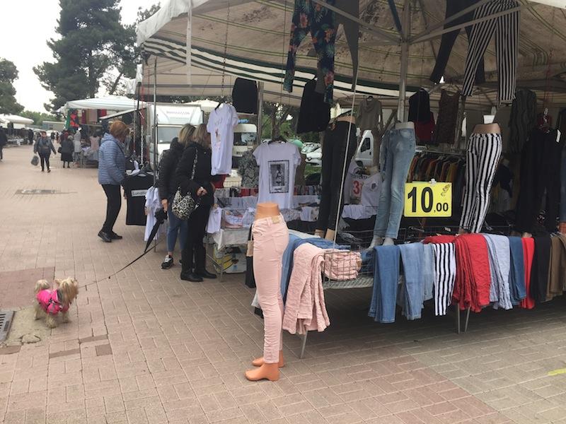 La Piazza del Mercato tra via spellanzon e via Smith foto ambm IMG_0996