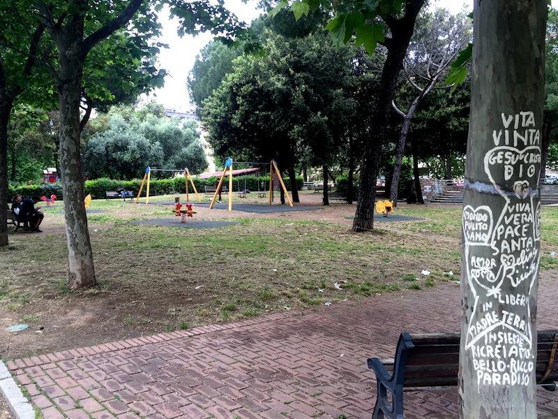 giardino Piazza Balsamo Crivelli foto ambm IMG_1033