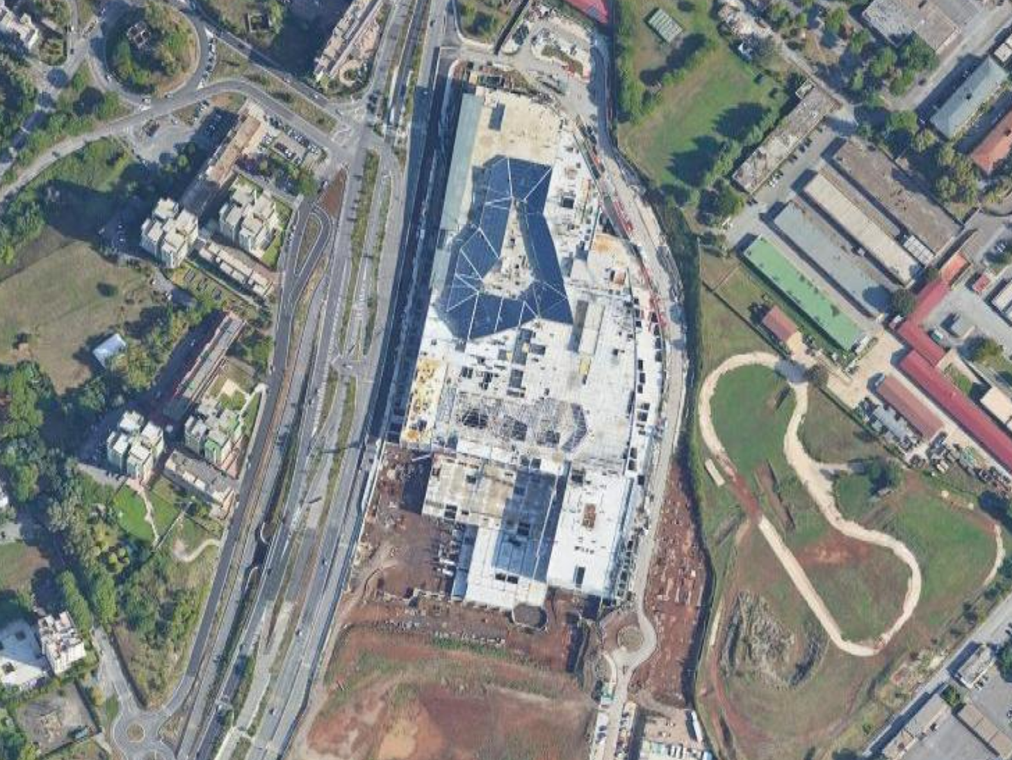 centro commerciale maximo maps 22 9 2020