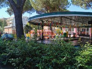 Parco atleti azzurri. Giostre a pagamento. Foto Piero Filotico